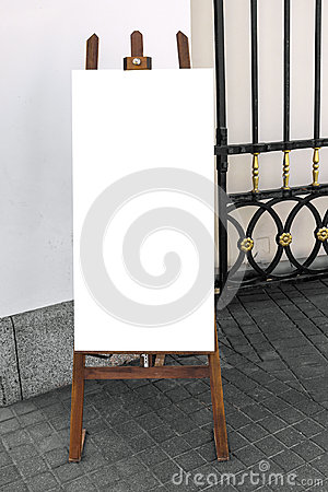 Free Blank Wooden Placard On The Street Royalty Free Stock Image - 53371606