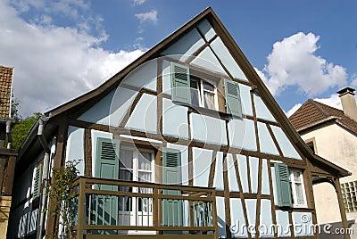 Blaues elsässisches Haus