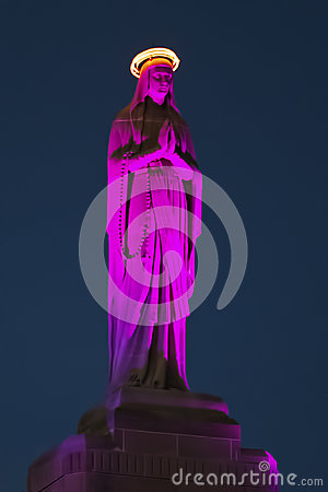 Free Blessed Mother Statue Royalty Free Stock Images - 90646839