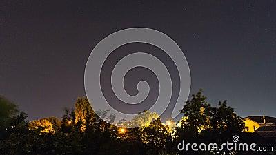 Blitzlicht im Nachthimmel stock footage