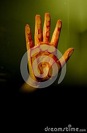 Blodig hand