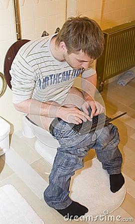 Blogger in toilet
