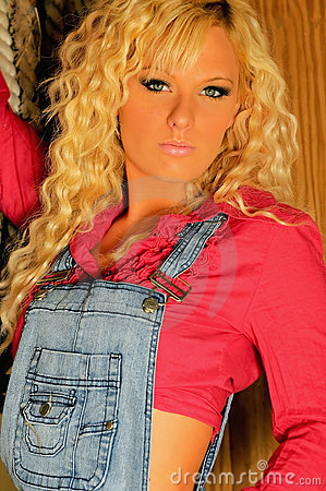 Free Blond Country Girl Royalty Free Stock Images - 7684959
