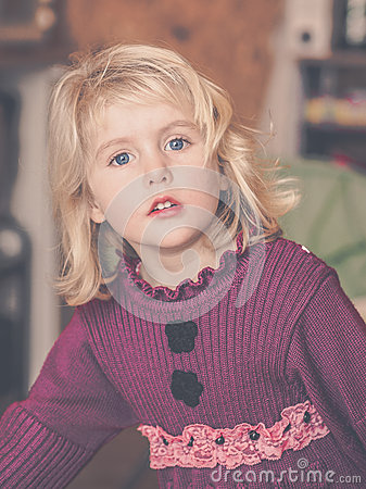 Free Blond Little Girl Wondering Royalty Free Stock Photos - 64866558