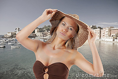 Blond summer woman with hat