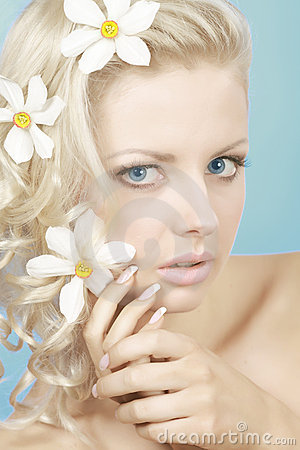Blond woman with flowers