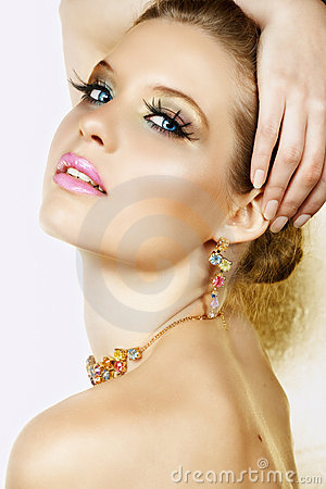 Free Blond Woman With Necklace And Smile Stock Photography - 5304342