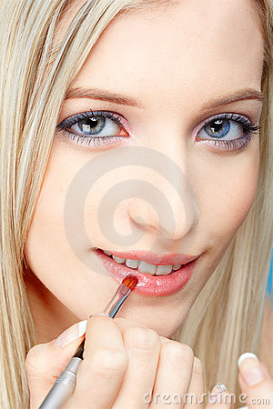 Free Blonde Girl Making Up Stock Photo - 13651860