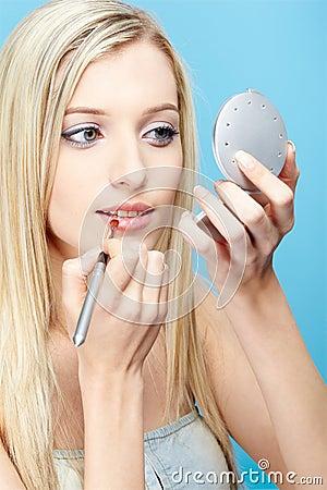Free Blonde Girl Making Up Stock Photo - 15074060