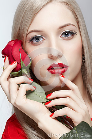 Free Blonde Woman With Rose Royalty Free Stock Image - 28951346