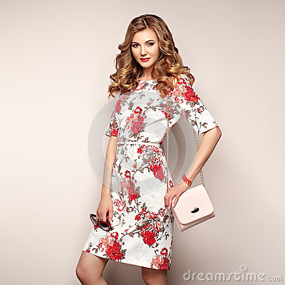 Free Blonde Young Woman In Floral Spring Summer Dress Royalty Free Stock Images - 92979119