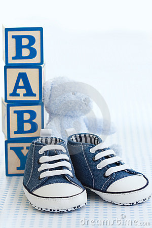 Free Blue Baby Shoes Royalty Free Stock Photo - 12701175
