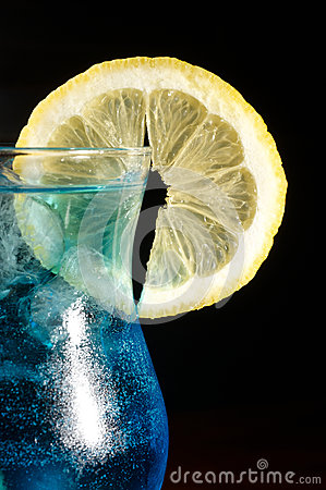 Free Blue Curacao Cocktail Royalty Free Stock Photography - 26150557