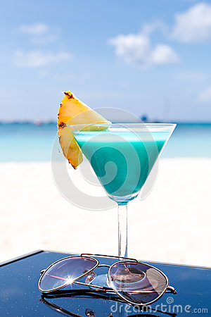 Free Blue Curacao Cocktail Stock Images - 27568154
