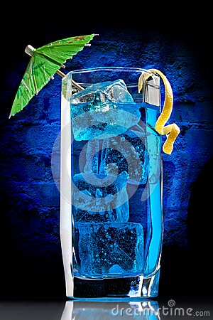 Free Blue Curacao Cocktail Royalty Free Stock Photos - 35859708