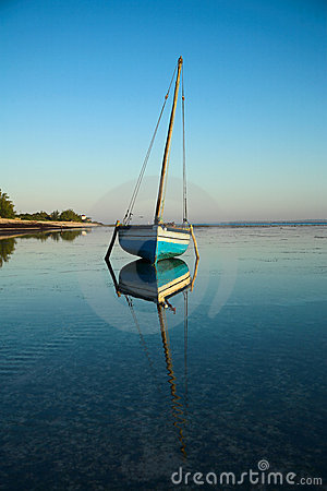Free Blue Dhow Sailing Boat Royalty Free Stock Photo - 2639415