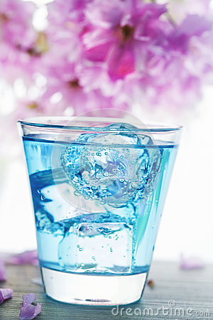 Free Blue Drink Pour Stock Images - 87587764