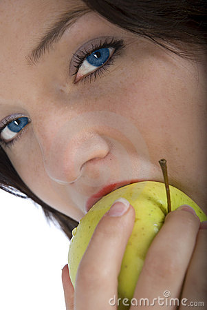Blue eyes and green apple