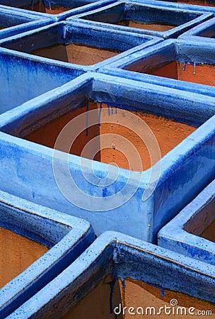 Free Blue Glazed Terra-cotta Pots Royalty Free Stock Photo - 2530085