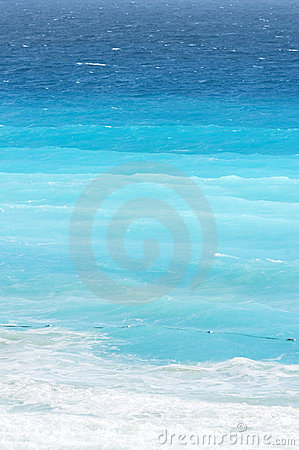 Free Blue Gradients Of Ocean At Caribbean Beach Royalty Free Stock Photos - 1793298