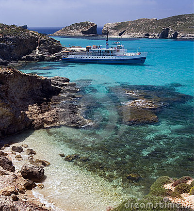 Free Blue Lagoon - Island Of Comino - Malta Stock Images - 22602334