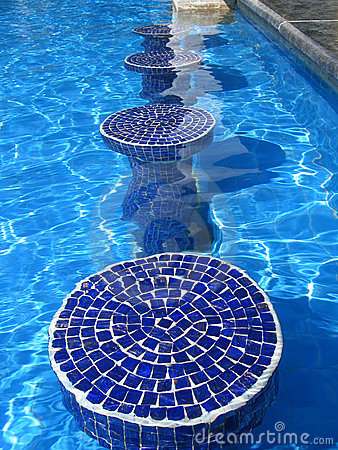Blue mosaic pool seats