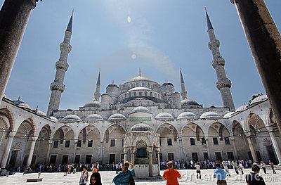Blue Mosque Courtyard Istanbul Editorial Photography