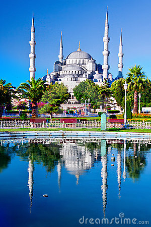 Free Blue Mosque In Istanbul, Turkey Royalty Free Stock Image - 16349486