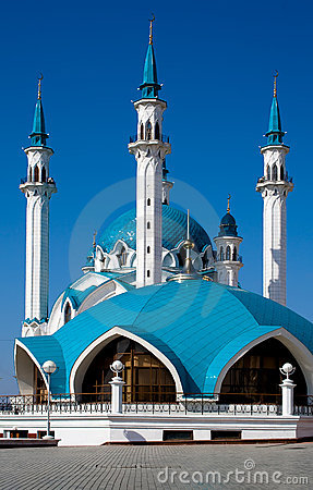Free Blue Mosque On The Blue Sky Stock Image - 4863591