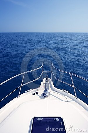 Free Blue Ocean Sea View From Motorboat Yacht Bow Stock Image - 15009941