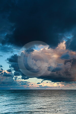 Free Blue Sea Sky, Storm, Tempest Stock Photography - 16151702