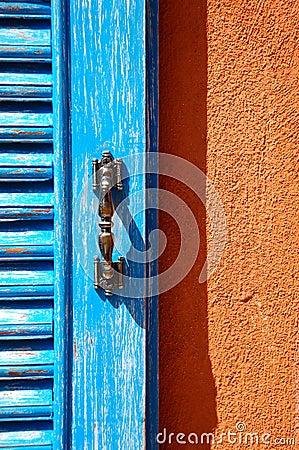 Free Blue Window On Orange Wall Royalty Free Stock Photos - 44827658
