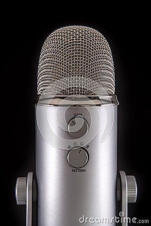 Free Blue Yeti Podcast Condenser Microphone Stock Photo - 46455710