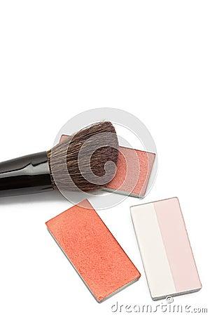 Blushers and correcting powder with brush