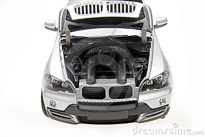 BMW X5 SUV bonnet open