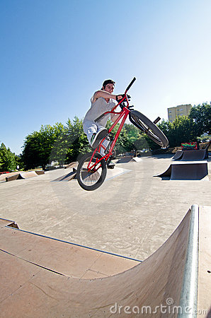 BMX Bike Stunt bar spin