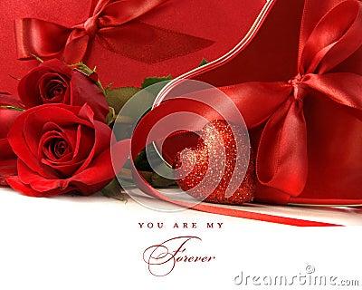 [♥] «•كلكشن هدايا~ خيالية من تجمعي [♥] «• Bo-icirctes-agrave-chocolat-avec-les-bandes-et-les-roses-rouges-de-satin-thumb12498956
