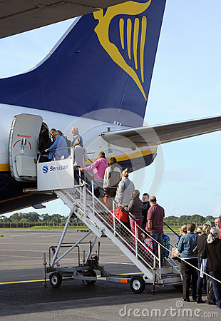 Boarding a Ryanair jet Editorial Stock Image