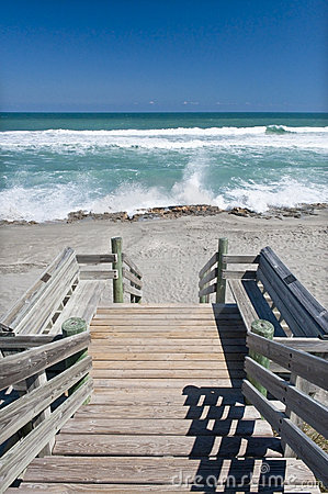 Free Boardwalk To The Beach Stock Image - 13322211