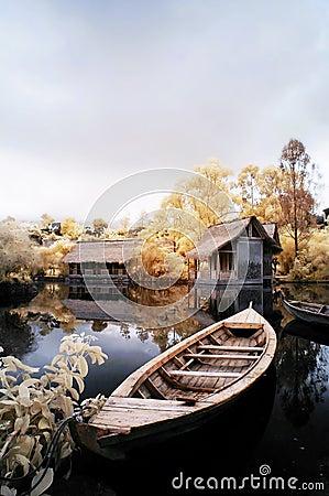 Free Boat And Dream Lake Stock Photo - 5015230