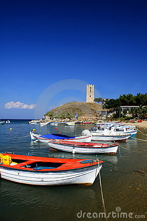 Free Boat And Tower Royalty Free Stock Photography - 2958247