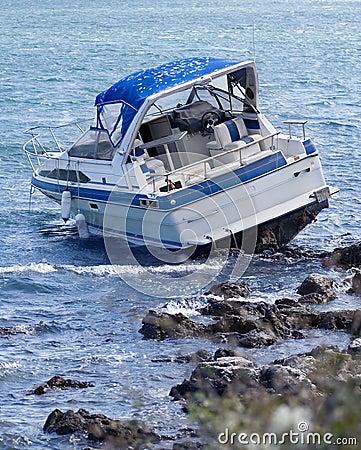 Free Boat Crash Royalty Free Stock Images - 3683899