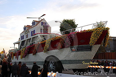 Boat float at the 122nd tournament of roses Rose P Editorial Photography