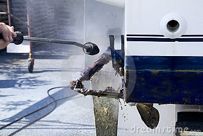 Boat hull cleaning water pressure washer
