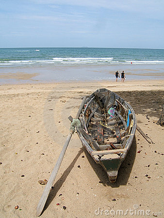 Free Boat On The Beach Royalty Free Stock Image - 229036