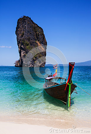 Free Boat On The Beach At Phuket Island, Thailand Stock Photos - 39648923