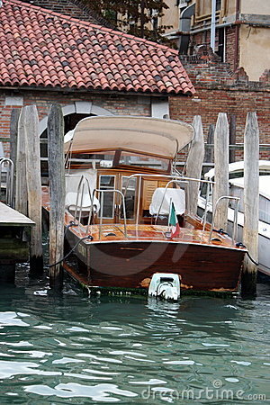 Boat parking in Venice