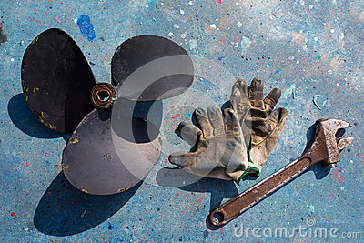 Boat propeller improvement repair tools and gloves