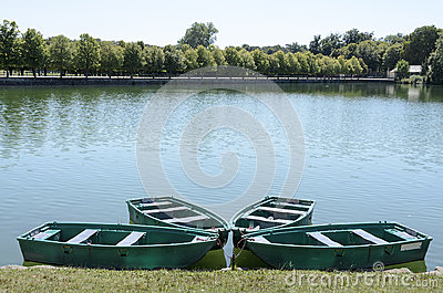 Boats on Lake fontainebleau