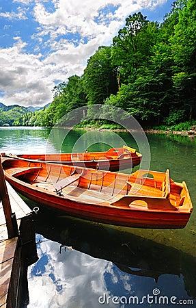 Free Boats On A Lake Royalty Free Stock Photo - 21768305